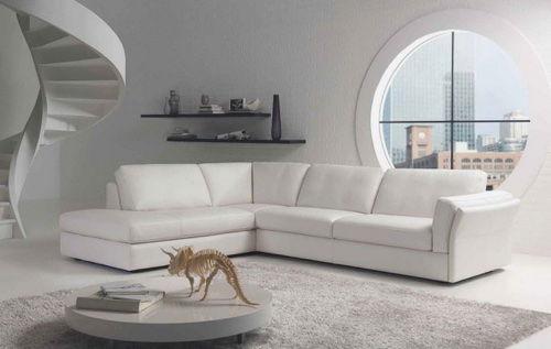 Комната оформленная в белых тонах